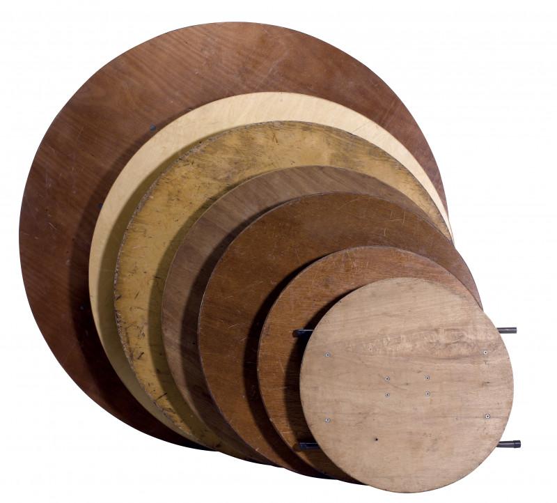 Table ronde 140cm (8 personnes)